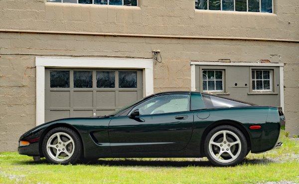 Used-2000-Chevrolet-Corvette