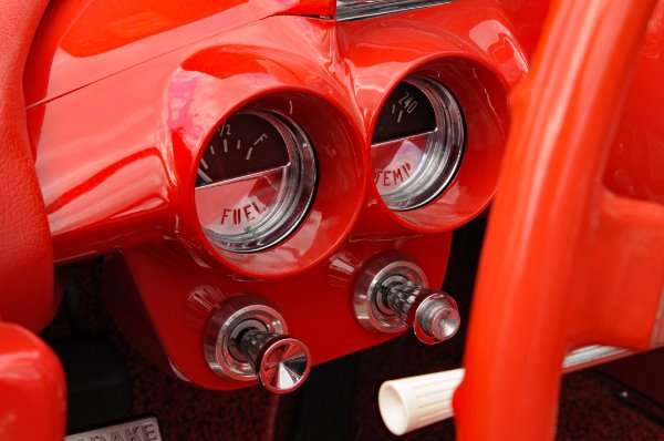 Used-1961-Chevrolet-Corvette