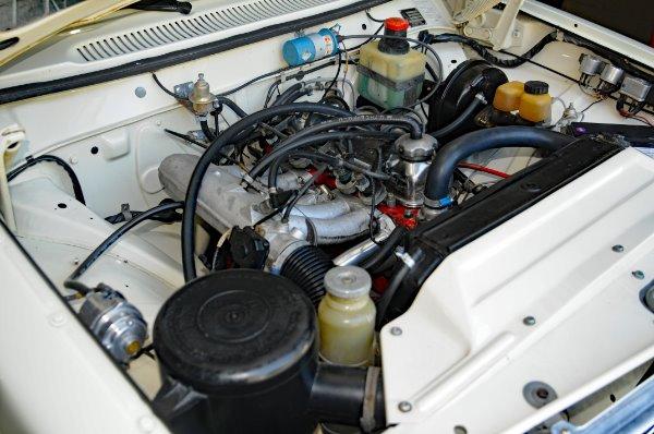 Used-1971-Volvo-142E