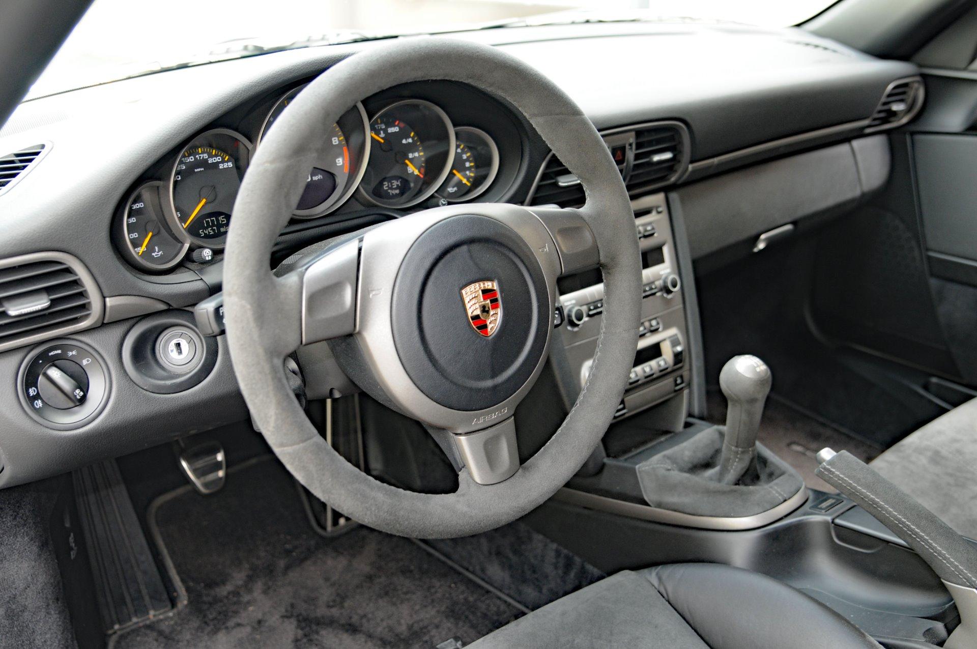 Used-2007-Porsche-911-GT3