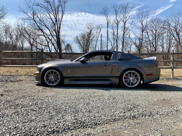 Used-2005-Ford-Mustang-Eleanor-Shelby-'E'-Edition