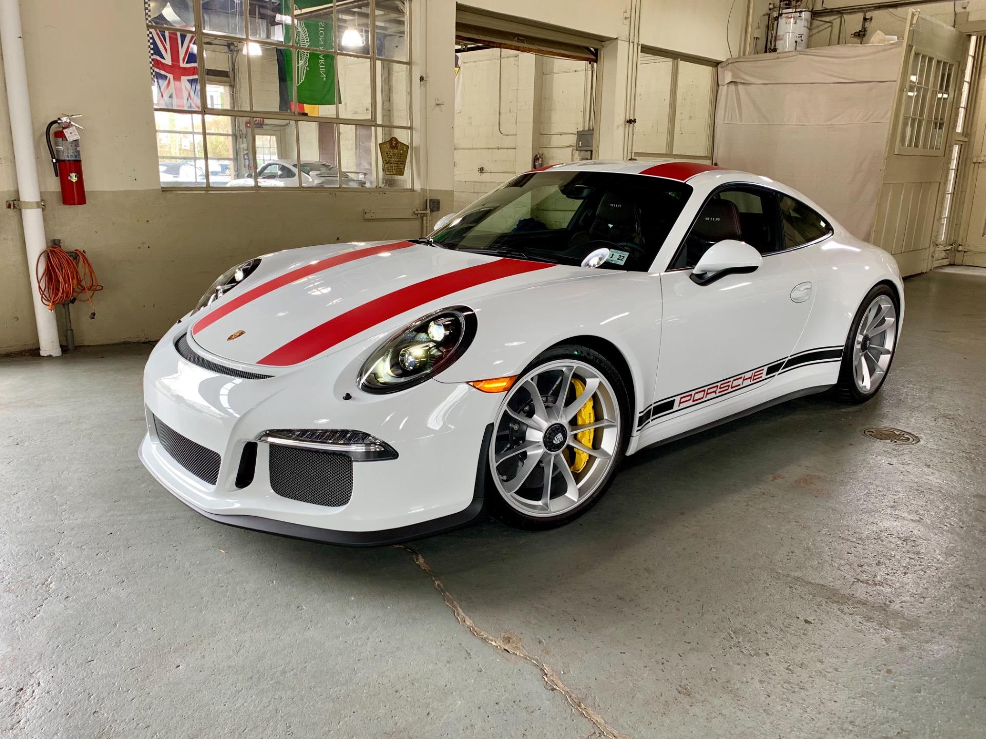 Used 2016 Porsche 911 R  | Peapack, NJ