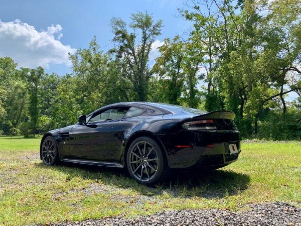 Used-2017-Aston-Martin-V12-Vantage-S