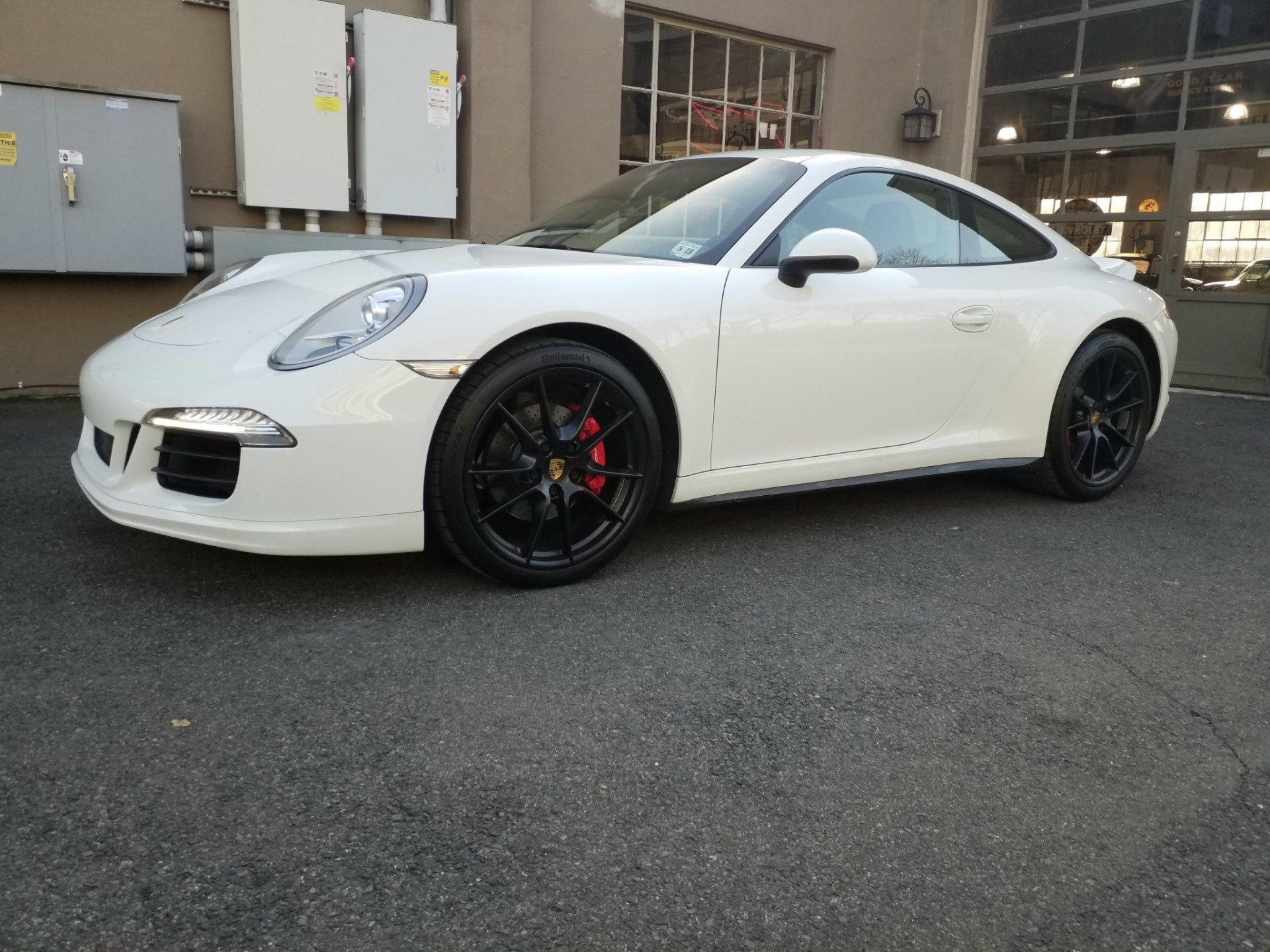 Used 2014 Porsche Carrera 4  | Peapack, NJ