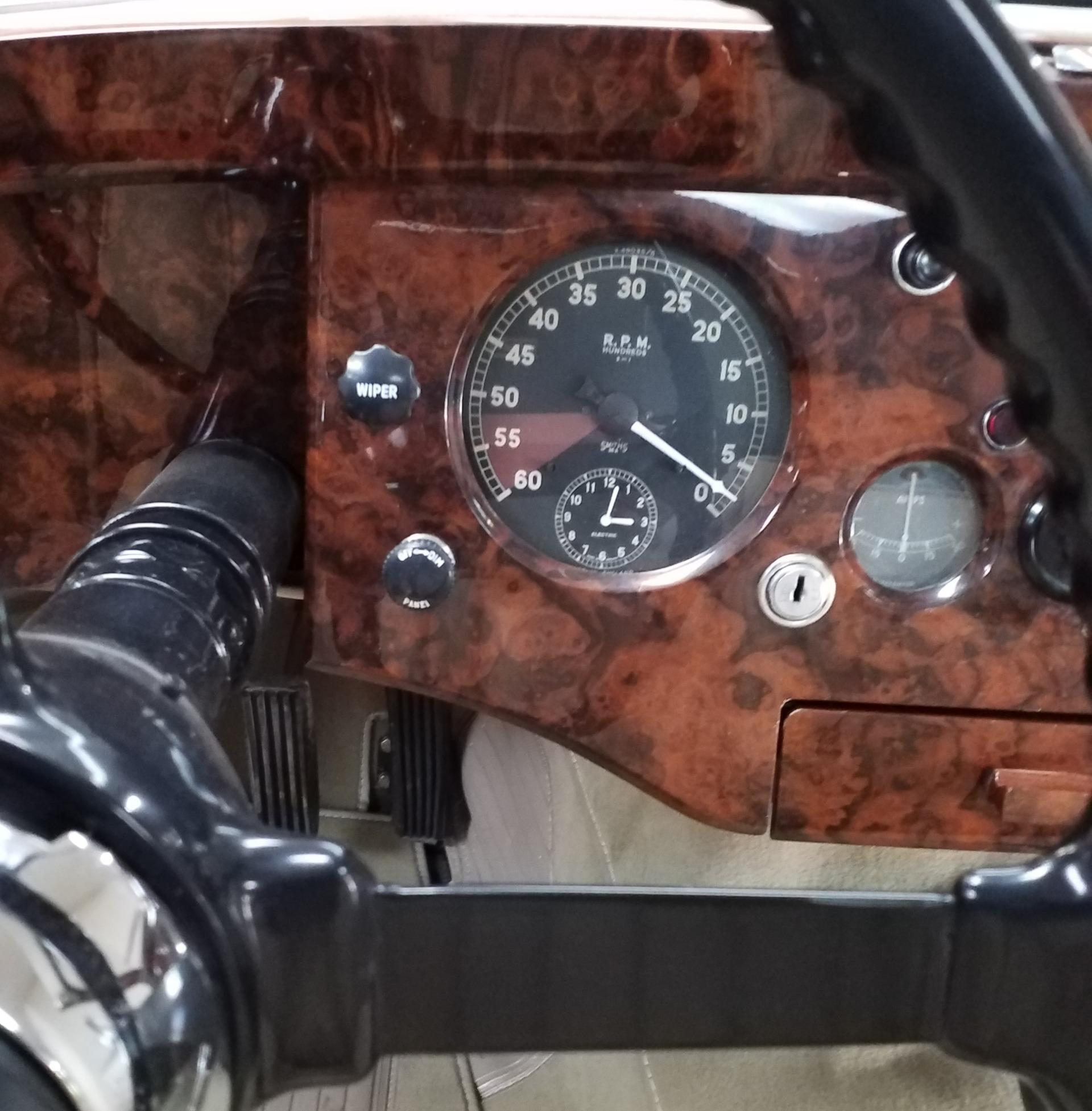 Used-1953-Jaguar-XK-120-Drophead