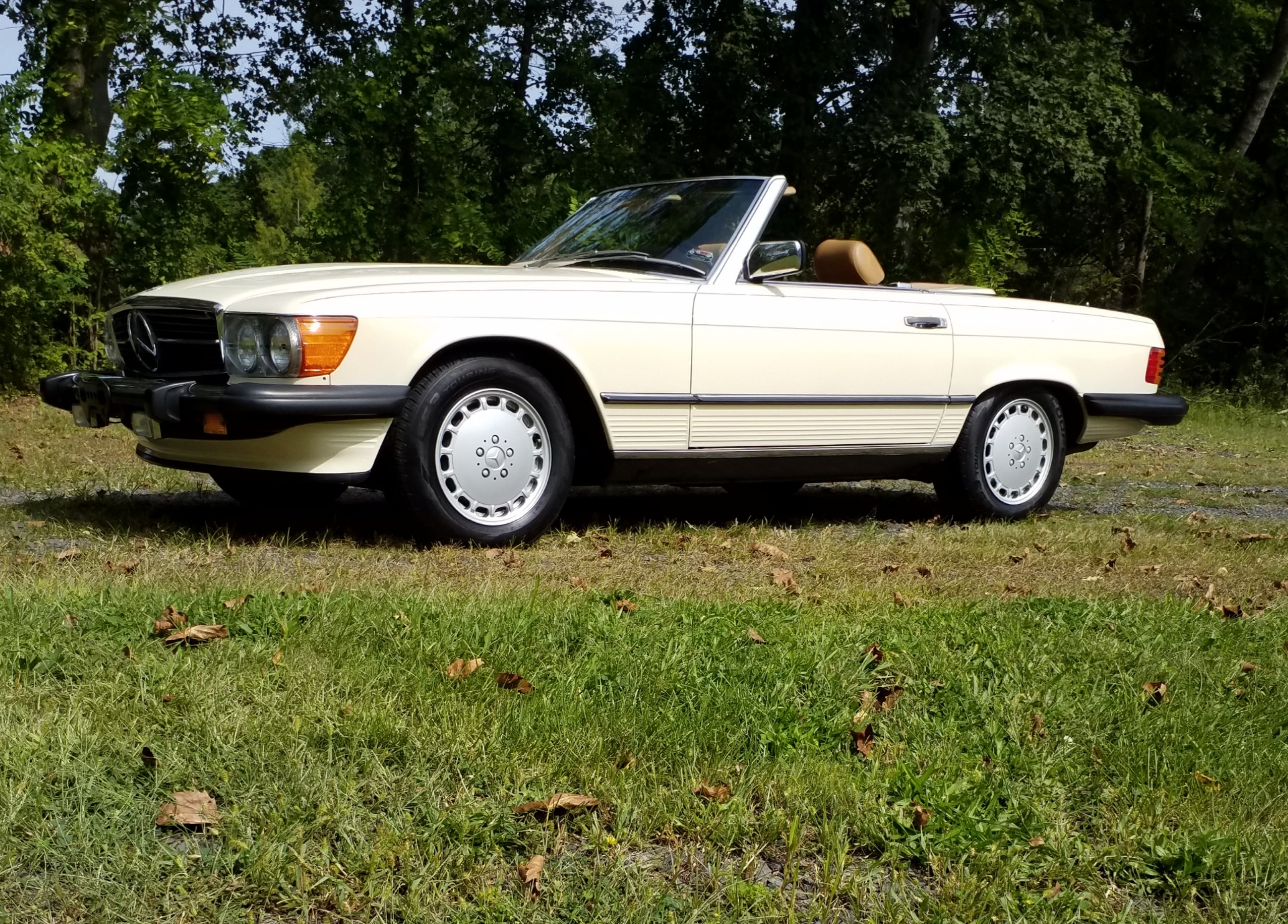 Used 1986 Mercedes Benz 560 SL  | Peapack, NJ